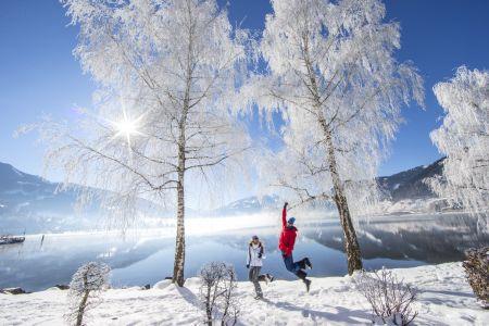 Winterspaziergangag Zeller See